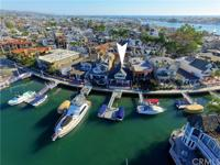 Fabulous North Bay Front home on magical Balboa Island!