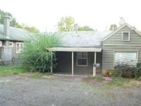 GREAT PRICE!! Fixer-Upper! Ranch style home 1066 SF, 2