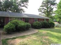 Well maintained brick home in Florence. Convenient to