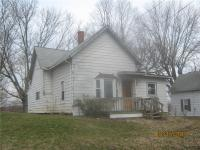 House for sale is located in Bloomington, IN 47403.