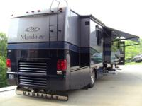 Fully loaded 2004 Fourwinds Mandalay (40B), 29000