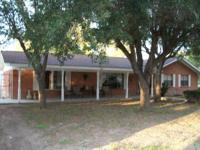 FOR SALE BEAUTIFUL 3 BEDROOM HOUSE WITH 2