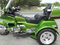 1994 HONDA GOLDWING TRIKE ONLY 53,000 MILES ON IT ALL