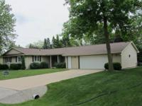 Well maintained Grand Chute ranch home available for