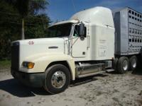 Looking to sell THIS 1992 FREIGHTLINER FLD120, Freight