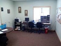 1300 sq. ft. of workplace space for lease in south