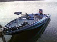 2000 Bass Cat Pantera Classic for sale. Boat Is in