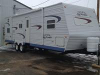 2004 Jayco Bunkhouse (29 ft) with one slide out (Model