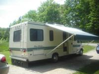 1995 FOUR WINDS MOTOR HOME, 28FT, EXCELLENT CONDITION