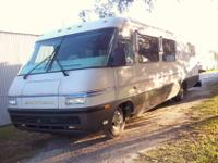 1994 Airstream Landyacht 33' RV. Captains chair, sofa