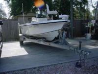 2007 Sea Fox eighteen Bay Fisher Sport-- Middle console