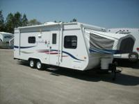 This 2008 Jay Feather 23 B Hybrid Trailer comes with 1