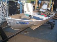 I want to sell my 12 foot aluminum boat. it comes with