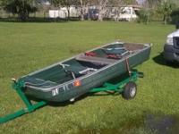 12 foot coleman boat , very light weight, with trailer
