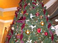 12 FT. TALL DESIGNER ARTIFICIAL CHRISTMAS TREE INCLUDES
