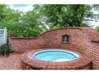 Exceptional brick 1.5 Sty in premier Frontenac