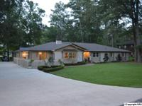 COUNTRY CLUB- GOLF COURSE- 4BDRM/3.5BTH- Beautifully