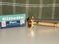 1948 Gillette Aristocrat w NOS Blue Blade
