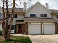 811 Burr Oaks Drive  West Des Moines, Iowa  2 bedroom/