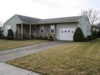 Lovely rancher in Crestwood Village (55 years or older)