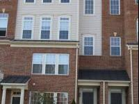 Beautiful 1 Car Garage Townhome Condo. 6Yr Old 3BR