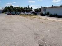 Prime location USED CAR LOT 30.000 cars pass per day.