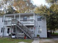This 2 bedroom, 1 bathroom apartment is located in the
