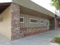 REALLY ATTRACTIVE 3200 square foot building, single