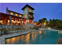 Magnificent, private Home & Views! Interior spaces,