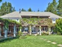 Romantic Retreat in the heart of Sonoma Wine Country is