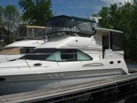 2001 Sea Ray 38 AFT CABIN The 380 Aft Cabin is a