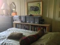 Hi! The room is available in a spacious, vintage apt,