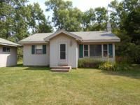 Adorable 2br-1 bath 1000 sq ft completed, Very open
