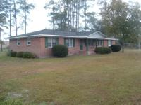 Large 3bedroom 2 bath Brick home Ranch Style on 1.88