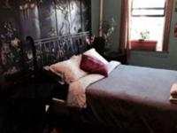 Renting a big bedroom on a 2 bedroom apartment. The