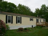 WELL MAINTAINED 2-BEDROOM 2-BATH MOBILE DESIGNED WITH