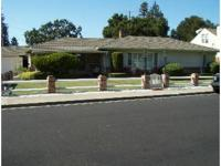 San Carlos Studio Available May 2013   ** $ 1,299.00 /