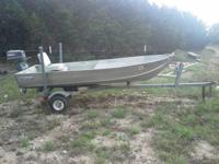 Nice little jon boat that has a 4hp yamaha motor with