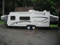 Single Slide Jay Feather EXP Travel Trailer camper.