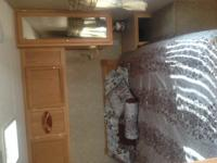 Crossroad by Zinger 32ft Travel Trailer for sale,