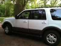 2005 Ford Expedition With third row seating ,Advance