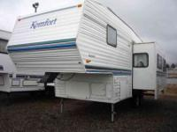 2000 KOMFORT KOMFORT 26' , TAN, Super clean and room