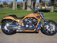 You are looking at a Gorgeous 2006 Harley-Davidson