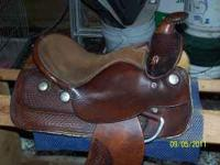 Beautiful youth saddle.....with safty sterrups..... new