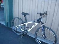 Dark Blue/White 4300 Trek Front Suspension Mountain