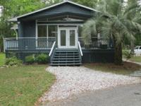 Getaway Beach house, 3 bdrms, 3baths. 3 Blocks from the