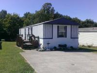 Mobile Home For Sale: 1998 Oakwood. 16x68. 2 bedroom, 2