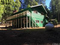 Rustic Home in the Pines !
