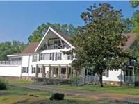 NATCHEZ TRACE Lodge, 8 bdr 8.5 bth . 28.8 Acres. 4