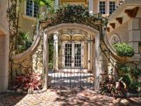 Beautifully detailed estate on the Intracoastal
